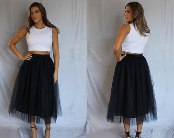 Tulle skirt, black tulle skirt, tea length tulle skirt, midi tulle skirt, plus size tulle skirt, plus size skirt, bridesmaids tulle skirt.