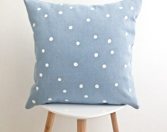 POLKA DOTS CUSHION cover  / decorative pillow / white dot point handprinted / 100% cotton / 18x18 / la petite boite / made in quebec