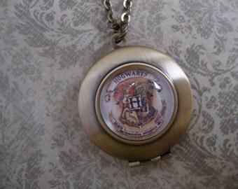 Hogwarts Locket Necklace, Hogwarts School Crest Locket Necklace, Harry Potter Locket Necklace, Hogwarts School of Witchcraft Locket Necklace