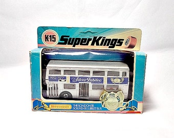 London Souvenir, Royal Model Bus, 1977 Silver Jubilee, Queen Elizabeth II, Matchbox Lesney, Superkings K-15, Double Decker Bus, English Bus