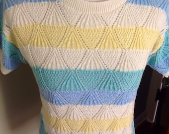 Vintage Knit top with Cool Pastel Colors, Pointelle Diamond Pattern, Excellent Condition