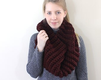"SALE The ""Mayford"" Crochet Cowl - Claret"