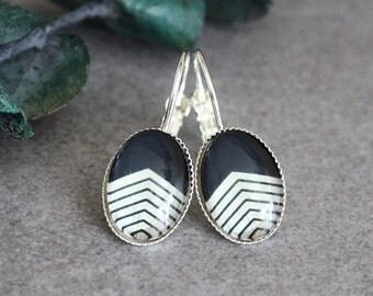 Black Chevron Earrings, Chevron Earrings, Black Earrings, Black Drop Earrings, Beige Earrings, Beige Chevron Earrings, Beige Dangle Earrings