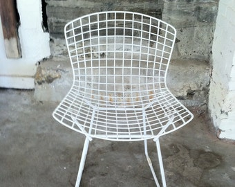 VINTAGE BERTOIA CHAIR Vintage Mid Century Mid Century Modern Harry Bertoia Chair Wire Chair Metal Chair White Minimalist Eames Woodard