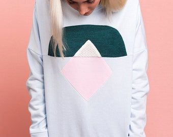 Pastel totem handmade sweatshirt