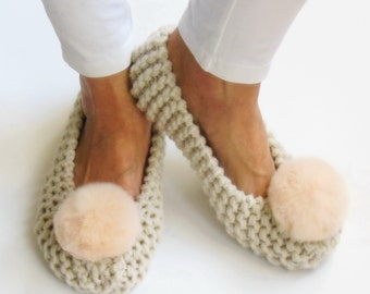 Ivory Wool Slippers, Women Slippers, Knitted Chunky Slippers, Crochet Slippers, Non-Slip, fur Pom Pom, Gift wrapped, Wedding Ballet Flats