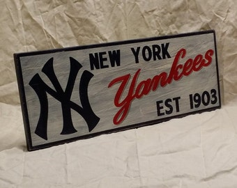 "New York Yankees wall sign, 6 1/2"" x 17"", distressed"