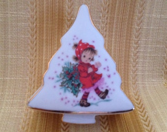 Tree Shaped Porcelain Christmas Lidded Box, Christmas Tree Box, Christmas Trinket Box, Little Girl Carrying Holly, Gold Trim