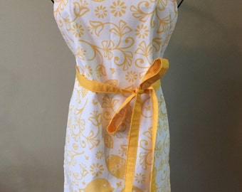 Tea Towel Apron: Spring Chicks
