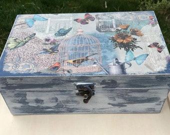 Decoupage Jewelry Box. Decorative Wood Box. Soft Blue Decorative Box. Shabby Wood Box. Decoupage Gift-Box for Mom. Birds and cage box
