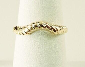 Size 6.5 14k Yellow Gold Enhancer (Guard) Ribbed Band Ring