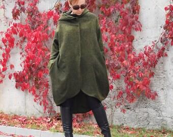 Coat, Hooded coat, Green coat, Winter coat, Wool coat, Hooded jacket, Hooded cardigan, Extravagant coat by CARAMELfs T6015