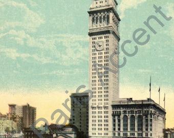 Vintage Postcard of The Metropolitan Insurance Building, New York, 1900s