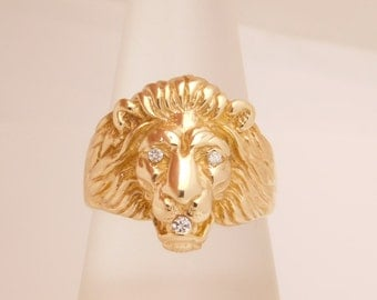 Lion Ring With Round Cut Diamond 10K Yellow Gold