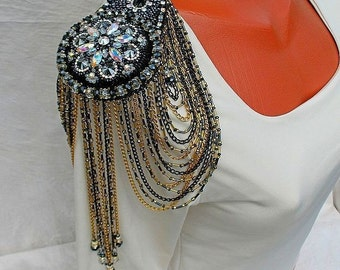 epaulette - shoulder jewel with Swarovski crystals and crystal beads with beads-gold flower volcano