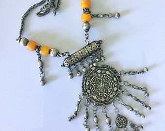Yemen Moroccan silver resin Amber hirz pendants necklace