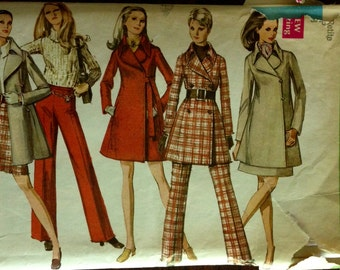 Simplicity 8412 - 1960s Notched Collar Car Coat with Size Zip Mini Skirt or Pants - Size 9 JP