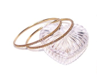 Gorgeous Gold Bangle Bracelets / Bead Like Detailed / Stackable / Matching Set / item 1352