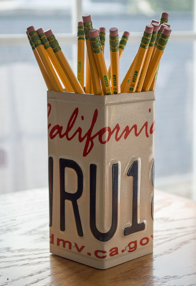 California license plate pencil holder pencil cup unique Diy pencil holder for desk