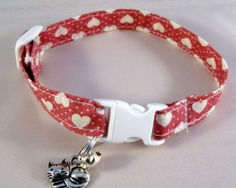 Cat Collar optional bow // Pink with white hearts