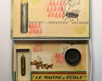 Art:Diorama réalisé dans une boîte d'allumette.