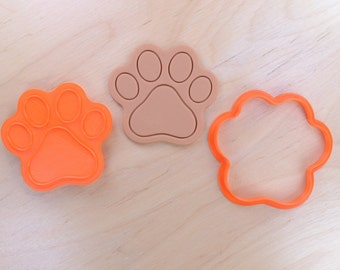 Dog Paw Cookie Cutter and Stamp Set