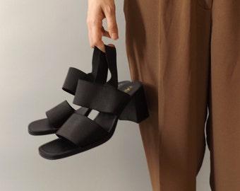 black strappy heels / strappy sandals / minimal / modern