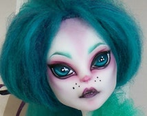 Ooak Monster High Doll- Catrine DeMew
