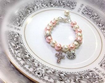 Personalized christening bracelet, baby bracelet, baby dedication, Hand Stamped, baby girl pearl bracelet, keepsake, Rhinestone cross