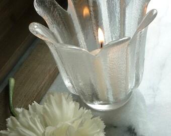 """Dartington Lead Crystal """"Daisy"""" candle holder c1970s"""