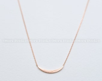 Sideways Crescent Moon Necklace/ Delicate Dainty Thin Crescent Moon Necklace - Layering Necklace, Everyday Casual Necklace NBB055