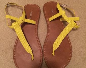 Size 8 ladies sandals