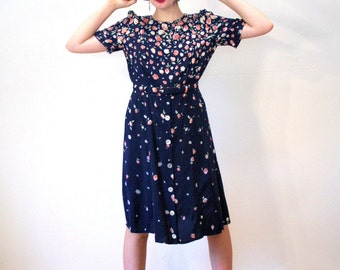 Floating Downstream, 80s Floral Dress, 40s Style Dress, Blue Floral Rayon Dress, Vintage Floral Dress, Retro Dress, Boho Midi Dress M