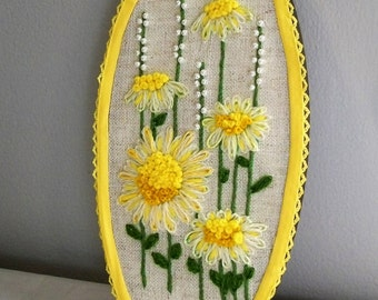 Embroidery Hoop Art, Hoop Art, Embroidery Art, Yellow Flowers, Embroidery