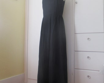 Vintage Handmade Black Tie Cocktail Dress, Modest, Floor Length, Bateau Neck, Shimmer Black, Size Medium, Structured, 1960s, Jackie O