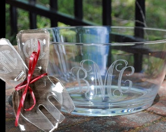 BUNDLE Personalized Salad Bowl and Tongs, Custom Acrylic Salad Bowl, Monogram
