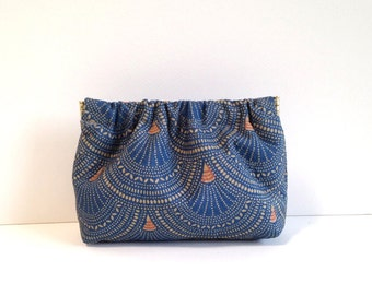 Chako Mini dumpling pouch in blue