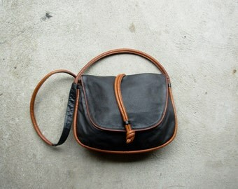 Vintage 80's navy and brown leather slouchy hobo bag purse, Kenneth Cole crossbody, soft lightweight leather