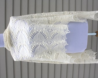 Estonian Lace shawl with Nupps, Silvia, natural white