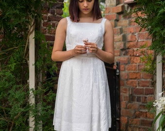 White 1960's Dress - 1960's Vintage Dress - Girl's Dress XXS XS - White Satin Brocade - Bridal Wedding Party