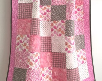 Modern Baby Girl Quilt Featuring Whimsical Whales Shades of Pink, Grey,  Peach White