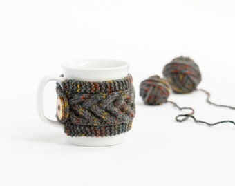 Cup Cozy in color Gray Mosaic, Knitted Mug Cozy, Coffee Cozy, Tea Cup Cozy, Handmade Wooden Button, Coffee Cozy Sleeve, Warmer, Fall, Gift