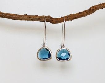 Sapphire Earrings - Silver Dangle Earrings - Stone Earrings - Drop Earrings - Birthstone Earrings - Blue Earrings  - Sapphire Jewellery