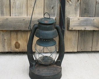 Vintage Barn Lantern, Barn Kerosene Lantern, Belknap Hdw Mfg Co Lantern, Blue Grass Air Pilot Lantern, Louisville Kentucky Lantern