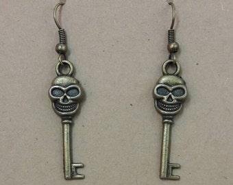 Skeleton Key Earrings Steampunk Jewelry Boho Jewelry FREE Gift Box Apocalyptic Steampunk Gypsy Punk Boho Bohemian Jewellery Cosplay Ideas