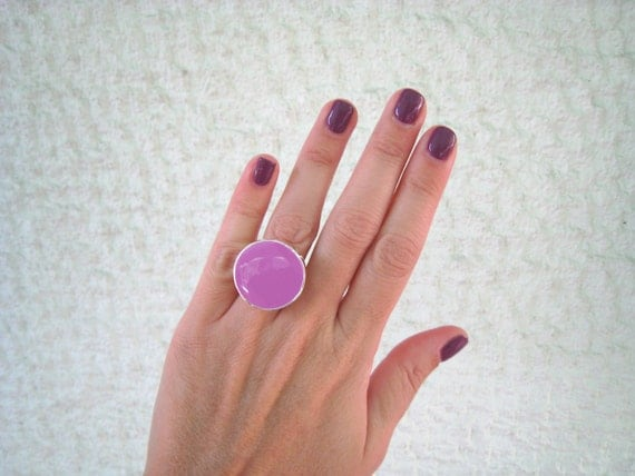 Lilac ring, amethyst resin ring, round ring, modern minimalist violet glass ring, big chunky ring, color block jewelry, solitaire ring