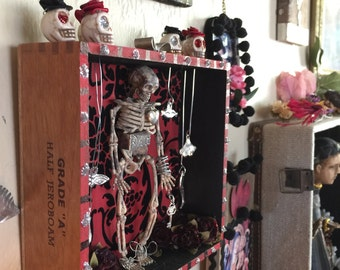 A Key To Your Heart ~ Dia de los Muertos ~ Day of the Dead ~ Nicho ~ Mexican Altar ~ Religious ~ Folk Art ~ Skeleton