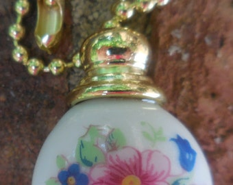 FLORAL and WHITE CERAMIC Pull Chain 7-in Decorative included beaded chain and connector Lighting & Ceiling Fans  2B3A