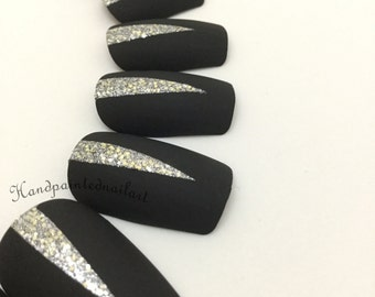Matte Black and Silver Glitter Hand-painted Fake Nails