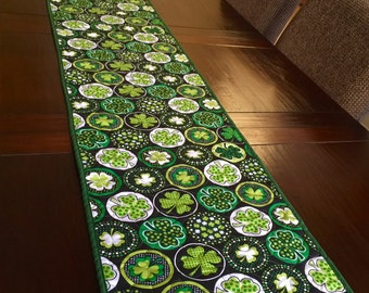 St Patrick's day Quilted Table runner, shamrock Table topper, Reversible table runner, shamrocks and clovers quilted table top runner.